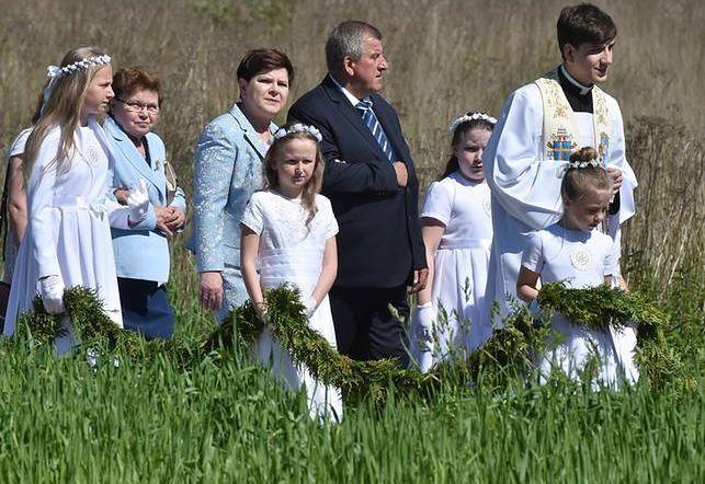 Premier Beata Szydło z mężem Edwardem i synem Tymoteuszem