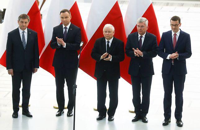 W grudniu 2017 roku Komisja Europejska wdrożyła postępowanie przeciwko Polsce na podstawie art. 7 unijnych traktatów
