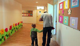 Mężczyzna w roli opiekuna to wciąż rzadki widok w Polsce