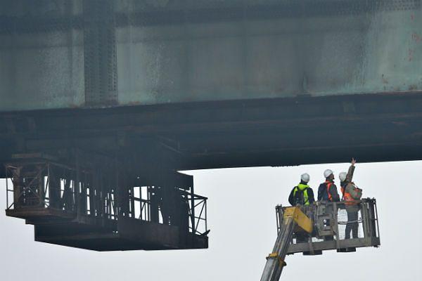 Wiceprezydent Warszawy: most na razie został wyłączony z ruchu