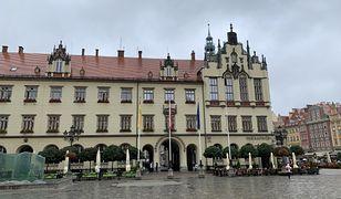 Wrocław. Nie będzie tęczowej flagi na ratuszu. Jacek Sutryk podjął decyzję