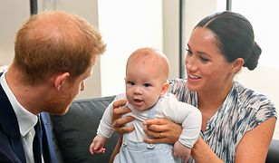 Meghan Markle, książę Harry i mały Archie podróżują po Afryce