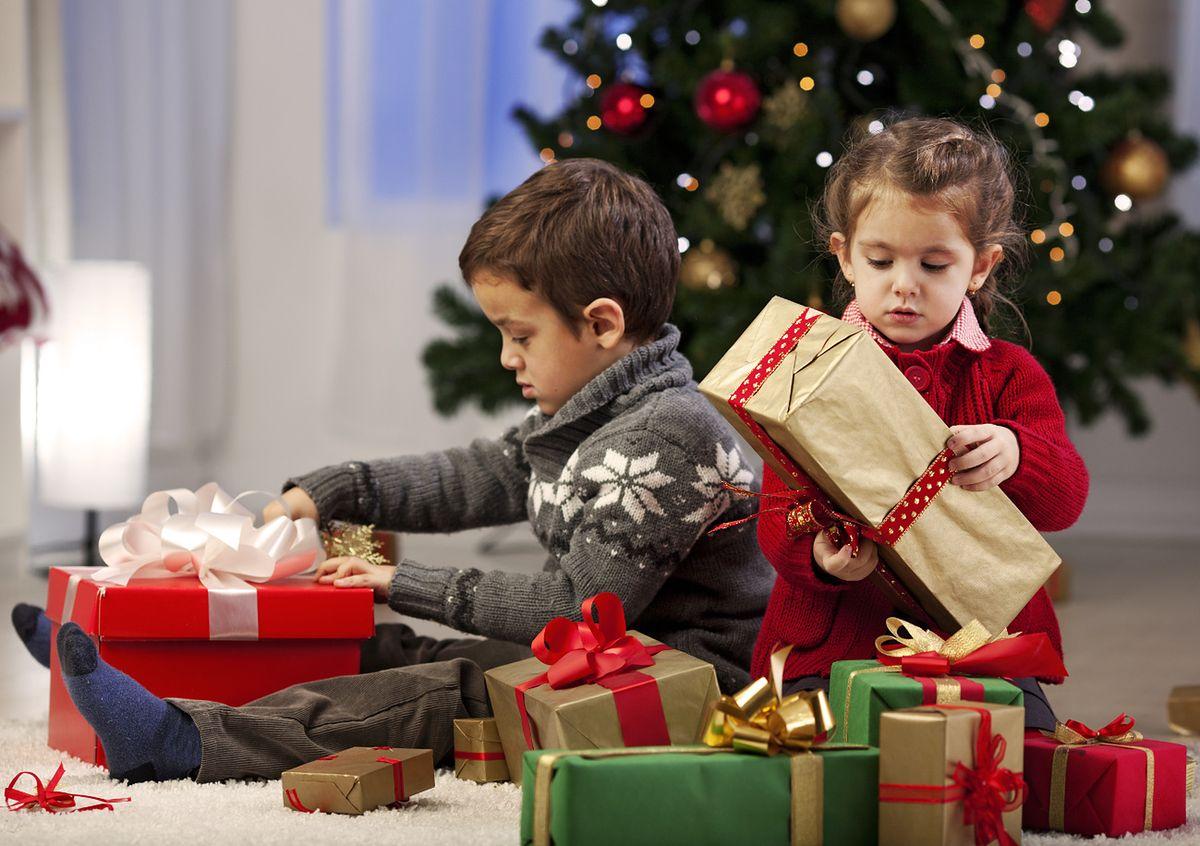 W 75 proc. domów prezenty dostanie każdy. Co czternasta osoba nie dostanie nic na święta