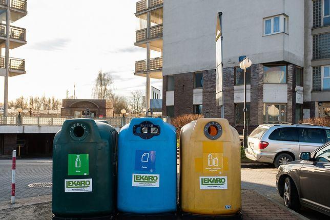 Warszawa. Można złożyć zdalnie deklarację dotyczącą gospodarowania odpadami