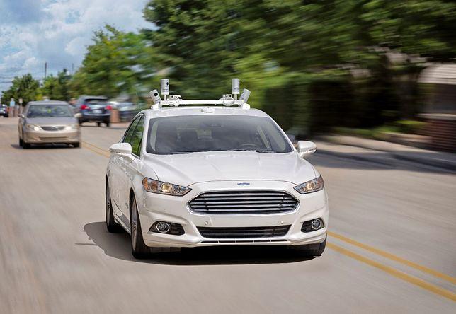 Inżynierowie Forda zasypiają za kierownicami autonomicznych samochodów