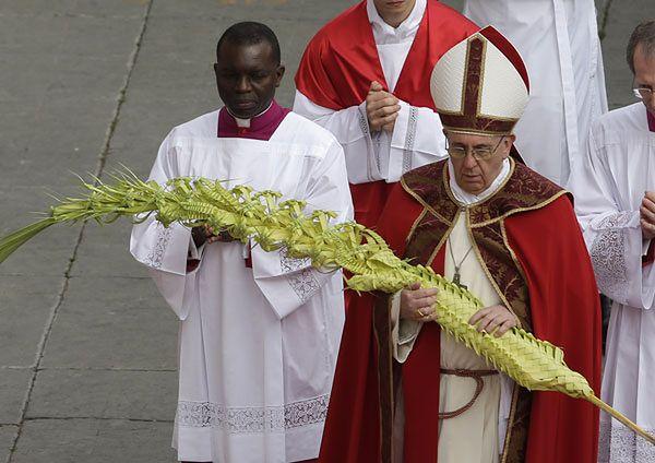 Papież Franciszek odprawił mszę św. w Niedzielę Palmową