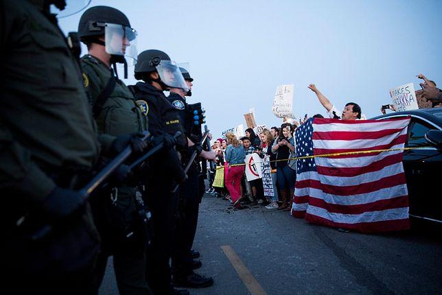 Zamieszki w Kalifornii. Demonstranci starli się z policją