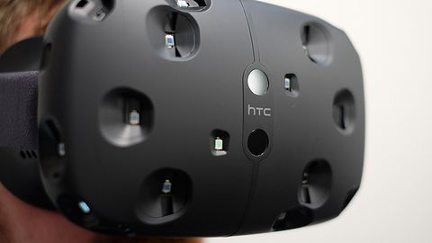 Gogle wirtualnej rzeczywistości HTC Vive jeszcze w tym roku, ale kupić je będzie trudno