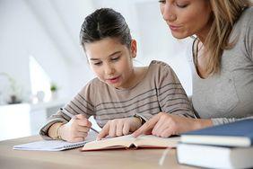 Jak rozmawiać z nastolatkiem? - wskazówki dla rodziców