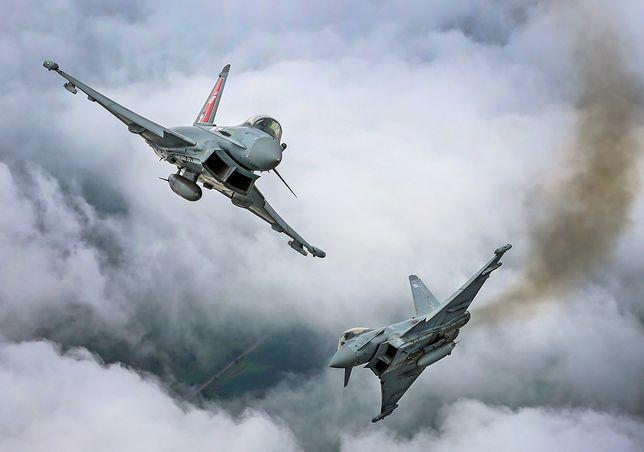 Londyn: awaryjne lądowanie samolotu Air India. W eskorcie RAF