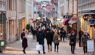 Koronawirus. Szwecja wprowadza pierwsze obostrzenia w związku z epidemią
