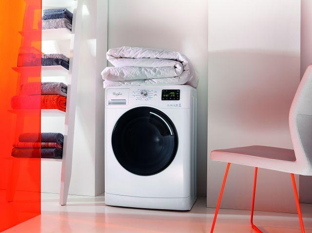 Whirlpool 6-ty Zmysł Kolory - pralki chroniące barwy