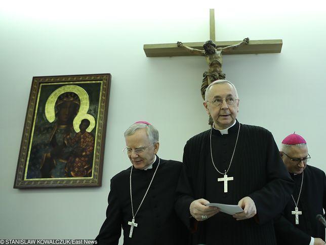 Dariusz Bruncz: Polska płonie, a biskupi milczą. Dlaczego?