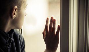 Mężczyzna zamknął syna w łazience. 4-latek był więziony przez kilka dni, bez jedzenia