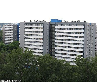 Tajemnicza tragedia w Katowicach. 27-latek wypadł przez okno, matkę znaleziono martwą