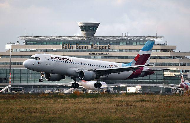 Turbulencje przed lądowaniem w Berlinie spowodowały obrażenia u pasażerów.