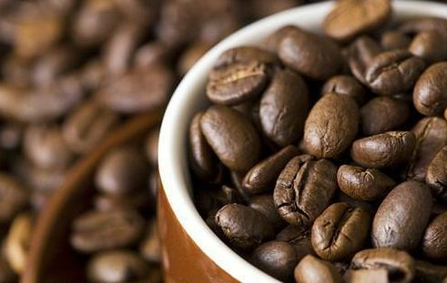 Ponad 80 proc. Polaków regularnie pije kawę