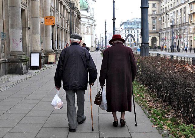 Emeryci generalnie są biedni, ale u kobiet sytuacja jest szczególnie dramatyczna