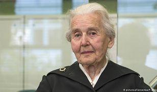 Niemcy. Ursula Haverbeck twierdzi, że masowe mordowanie ludzi w komorach gazowych nie mogło mieć miejsca