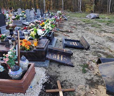 Zabrze. Nieznani sprawcy zdewastowali groby. Parafianie oburzeni