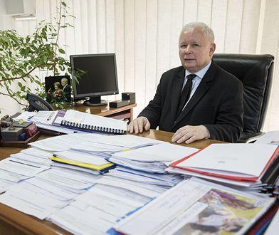 Jarosław Kaczyński w swoim gabinecie w biurze przy ul. Nowogrodzkiej w Warszawie.