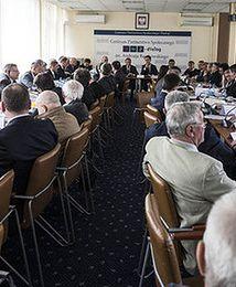 Po 21 latach komisja trójstronna kończy działalność