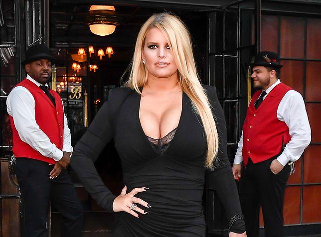 Jessica Simpson w 6 miesięcy schudła 45 kg