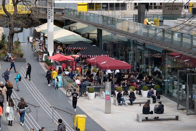 Od poniedziałku, 12 kwietnia puby i restauracje mogą obsługiwać klientów na świeżym, powietrzu