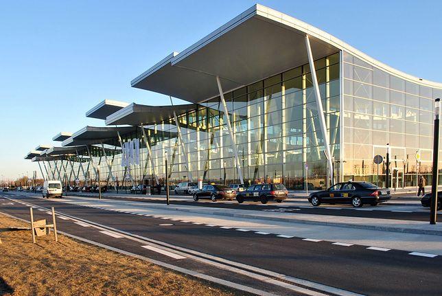 Lotnisko we Wrocławiu jako pierwsze w kraju umożliwia zrobienie na miejscu testu antygenowego po powrocie