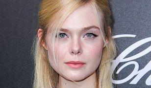 Elle Fanning straciła przytomność podczas kolacji w Cannes. Pomógł jej starszy aktor