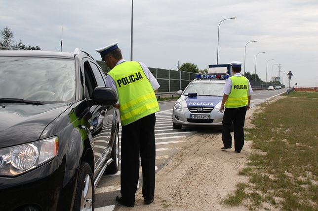 Polacy nie akceptują jazdy po alkoholu. Czego jeszcze?