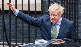 Zdecydowane zwycięstwo partii Borisa Johnsona pieczętuje losy brexitu