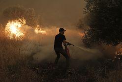 """""""Kolejna trudna noc"""". Grecja płonie. Kilkuset strażaków walczy z żywiołem"""