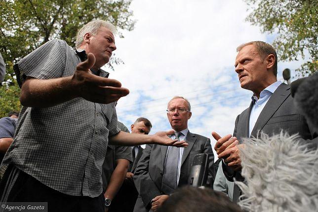 """Stanisław Kowalczyk pyta Donalda Tuska, """"jak żyć"""""""
