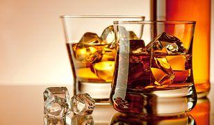 Whisky zalewa Polskę. Pijemy coraz więcej szkockiej