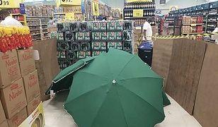Carrefour Brazylia. Zakryte ciało zmarłego kierownika