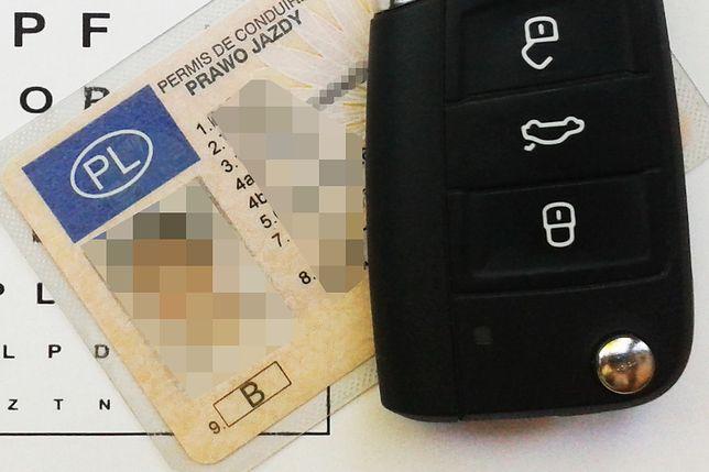 Czy starsi kierowcy powinni przechodzić testy weryfikujące ich stan zdrowia?