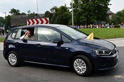 Papieskie auta sprzedane. Do czego posłużą nowym właścicielom?