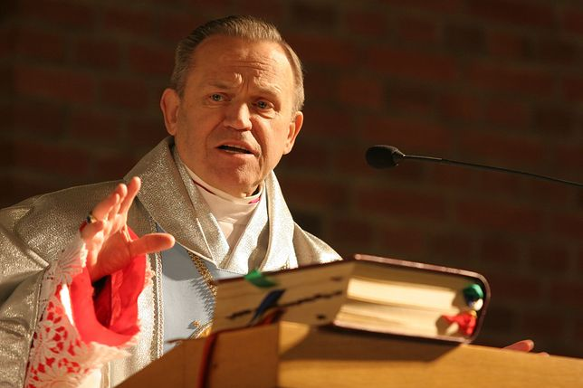 Ks. Henryk Jankowski zmarł 12 lipca 2010 roku