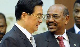Prezydent ścigany za zbrodnie wojenne z wizytą w Chinach