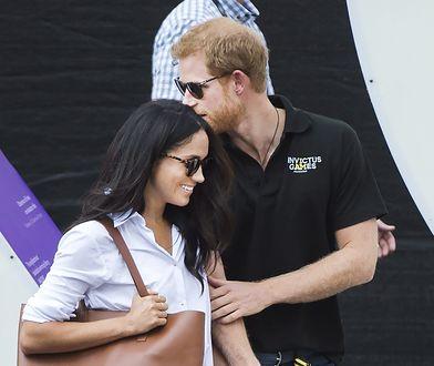 Coraz bliżej zaręczyn księcia Harry'ego i Meghan Markle. Rodzina królewska nie kryje niezadowolenia