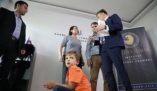 Polska prokuratura nie chce wydać Holendrom rodziców autystycznego chłopca. Są poszukiwani ENA