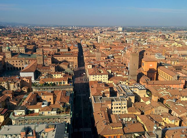 Bolonia zwana jest Czerwonym Miastem od dominującego koloru budowli