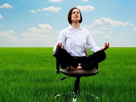 Joga zmniejsza stres i ból pleców pracowników