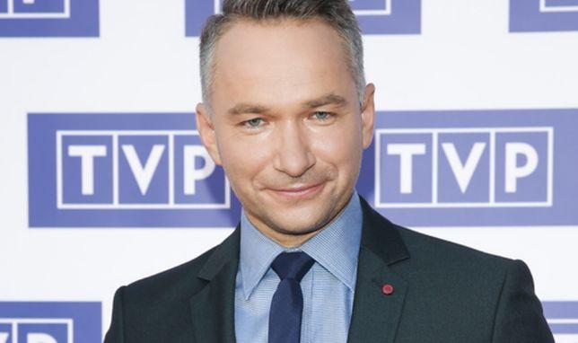 """Od października Rafał Patyra 2005 r. jest prezenterem """"Sport telegramu"""", emitowanego po głównej Panoramie w TVP2"""
