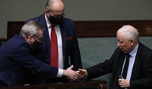 Koronawirus w Polsce. Jarosław Kaczyński kolejny raz bez maseczki
