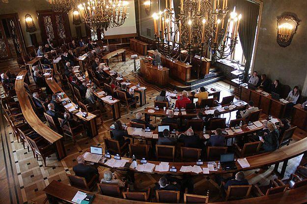 Minister administracji Andrzej Halicki wyróżnił zasłużonych dla samorządu z Małopolski