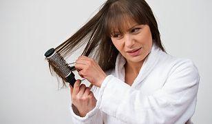 Sposoby na naelektryzowane włosy
