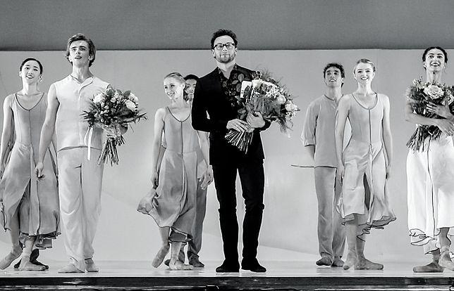 """Liam Scarlett podczas premiery baletu """"Nasz Chopin"""" w Teatrze Wielkim - Operze Narodowej."""