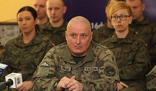 Kulisy braku nominacji generalskich. Macierewicz oszukał prezydenta?